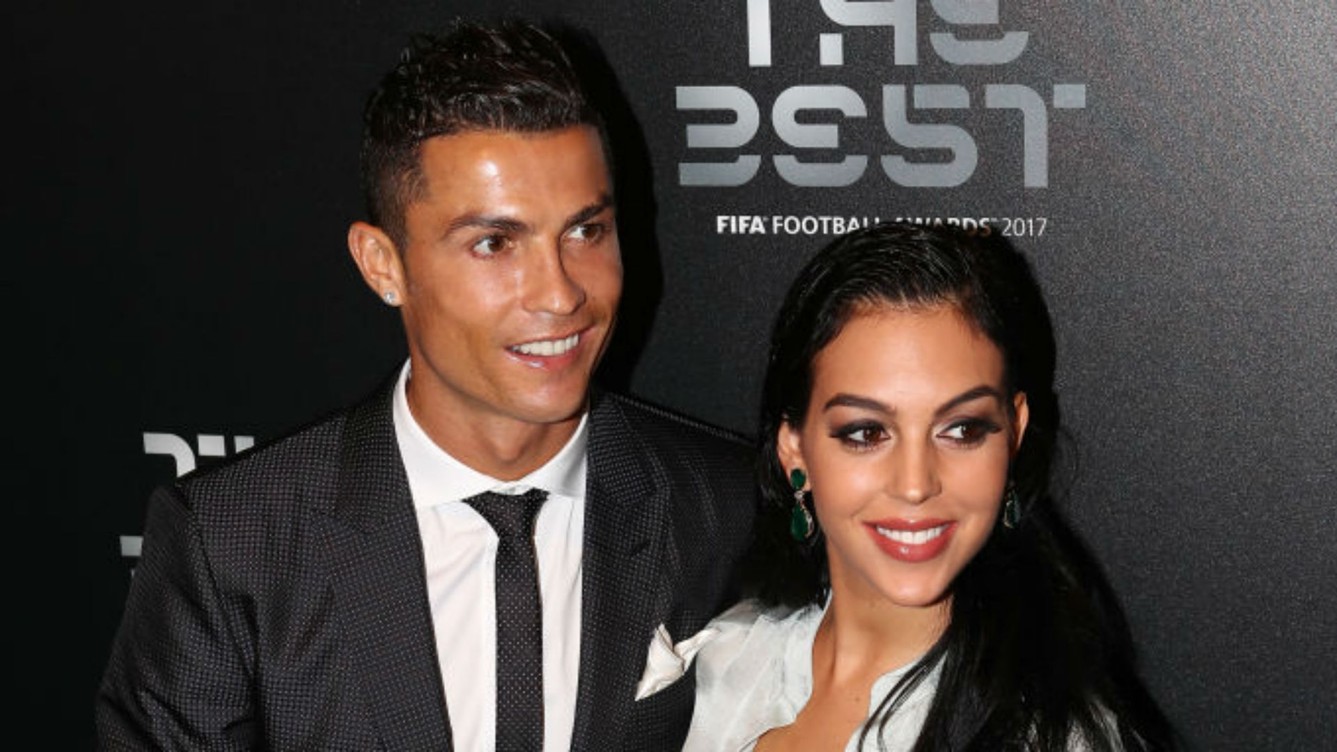 Girl Ronaldo showed a photo with a newborn daughter and told about childbirth