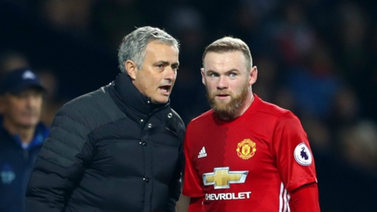 Jose-mourinho-and-wayne-rooney_1mt4m9cna7f2w1s0r0z44h4rr5