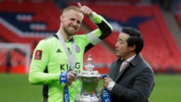 Kasper Schmeichel and Top Srivaddhanaprabha with the FA Cup