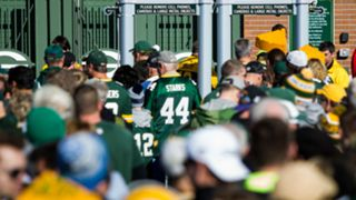lambeau-security-113015-getty-ftr-us.jpg