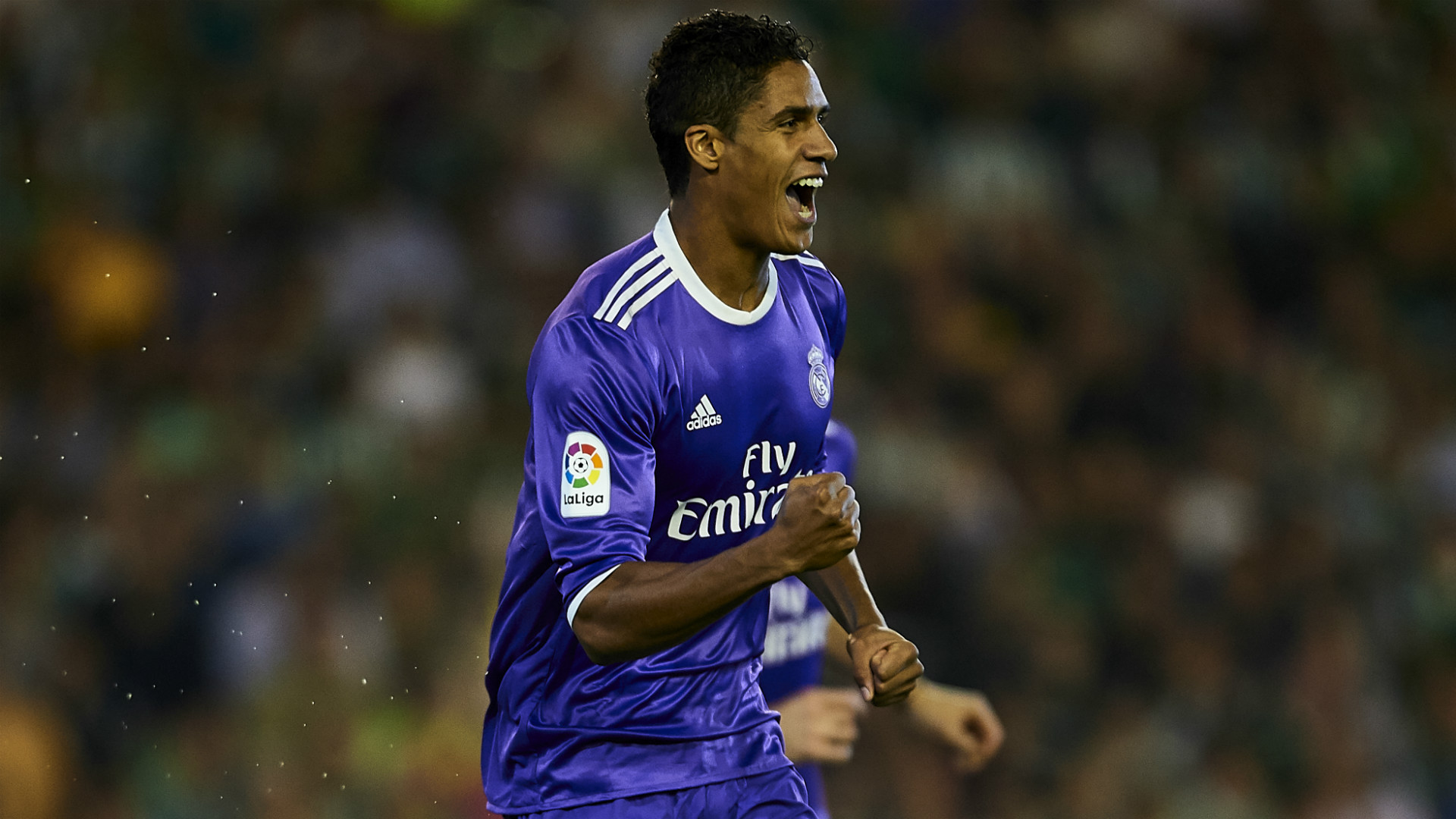 Varane extends Madrid deal
