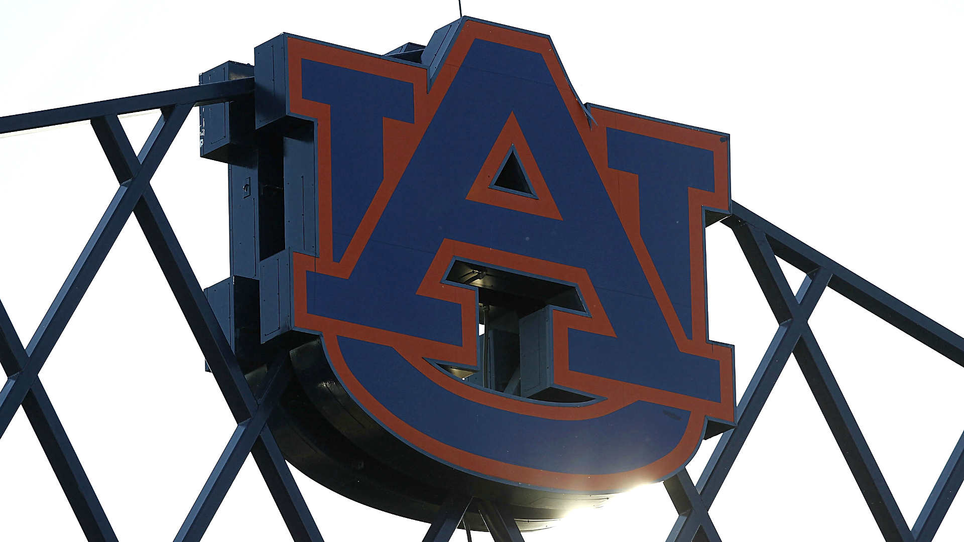 Auburn's Jay Jacobs to step down as athletics director