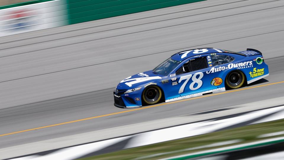 NASCAR at Kansas: TV schedule, standings, qualifying drivers for Hollywood Casino 400