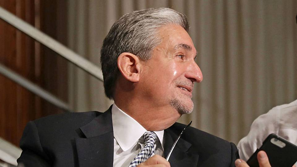 Capitals owner Ted Leonsis surprises 200 employees by sending them to Vegas