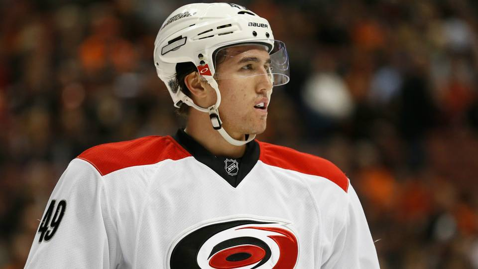 Hurricanes' Victor Rask has surgery on fingers after kitchen accident