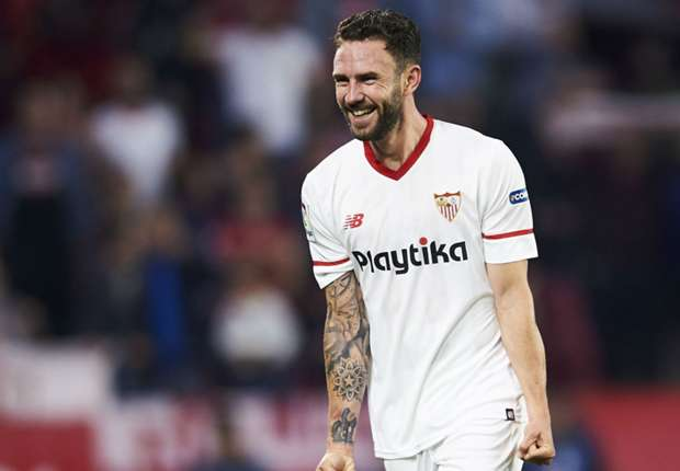 8535e84fe Transfer news  Mexico s Miguel Layun eyes Sevilla return after World Cup -  Goal.com