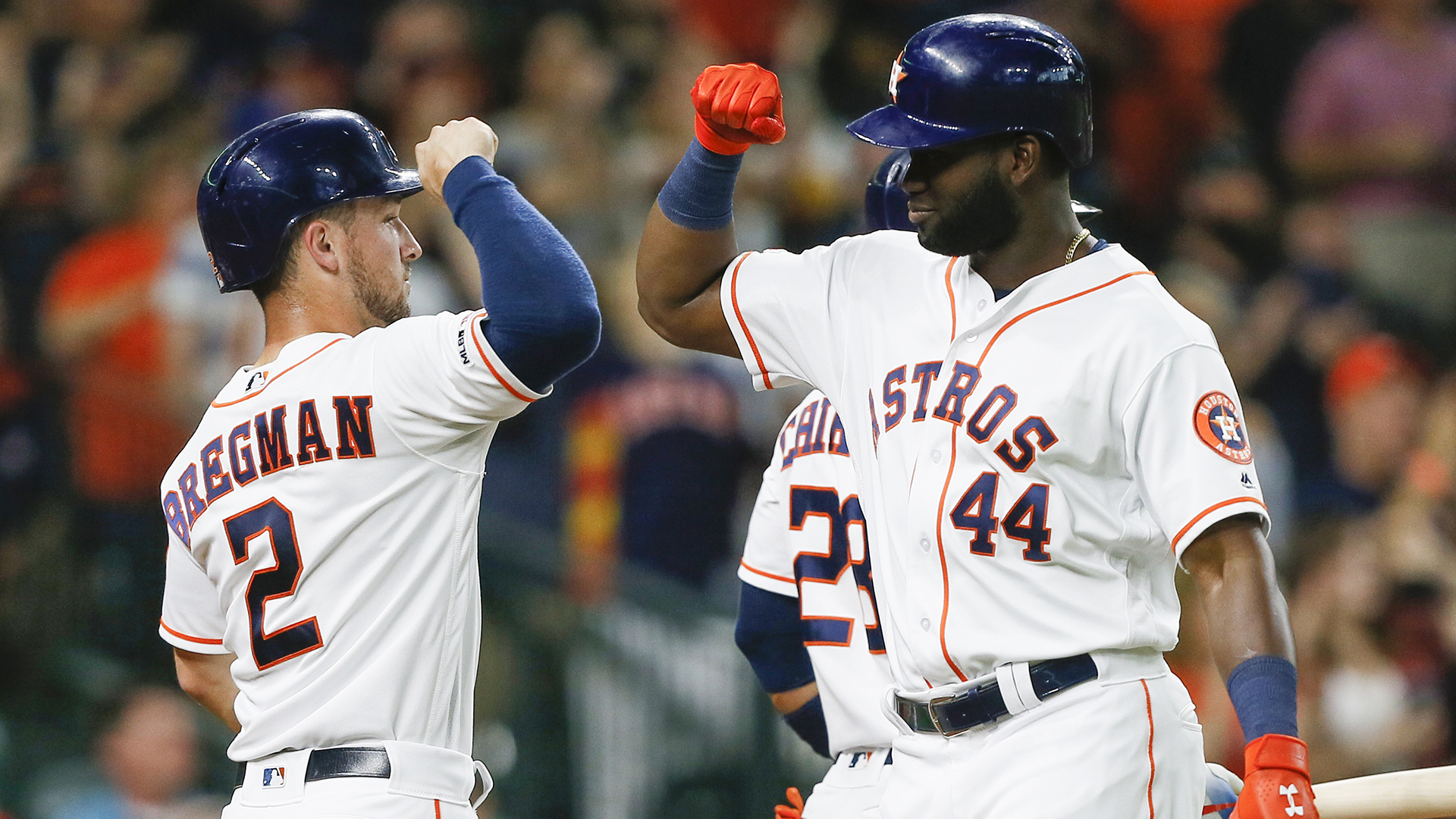 Yankees believe Astros were whistling to relay stolen signs in ALCS Game 1, report says