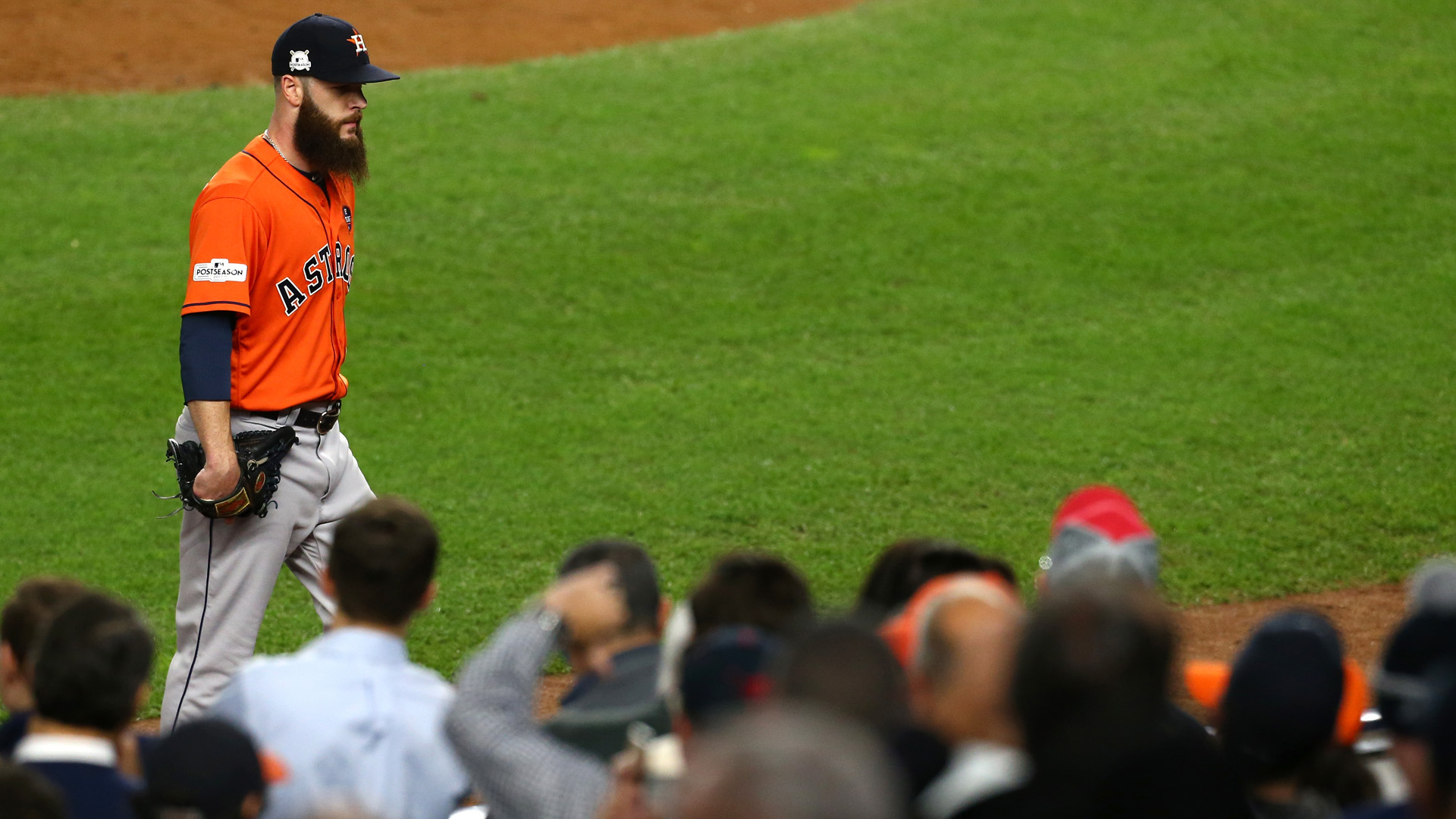 Astros' Dallas Keuchel pitched two months with foot injury, report says