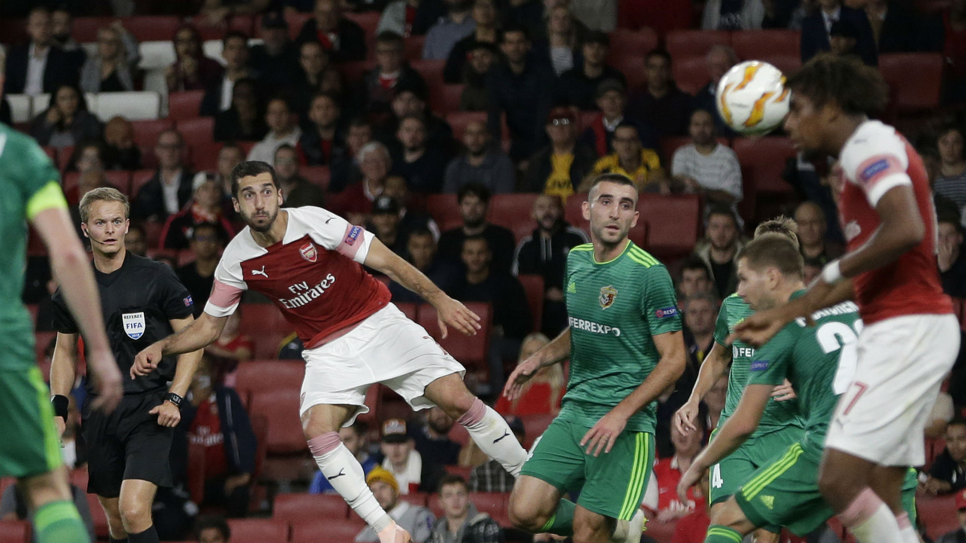 Emery disappointed with Arsenal switching off in victory over Vorskla Poltava
