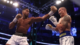 Anthony Joshua (l) and Oleksandr Usyk are set to face off again next year