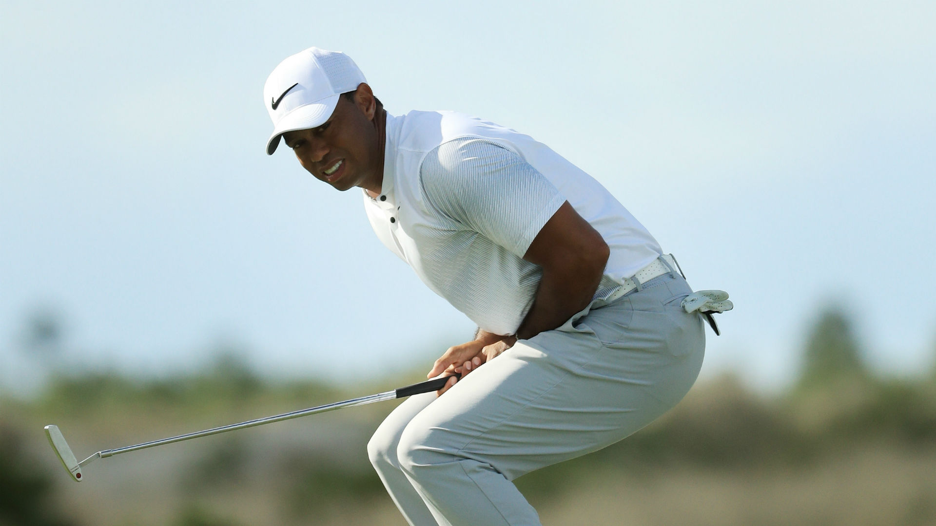Tiger Woods in contention after strong Round 2 at Hero World Challenge