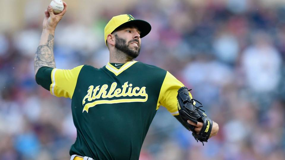 MLB hot stove: Athletics, starter Mike Fiers agree to 2-year contract