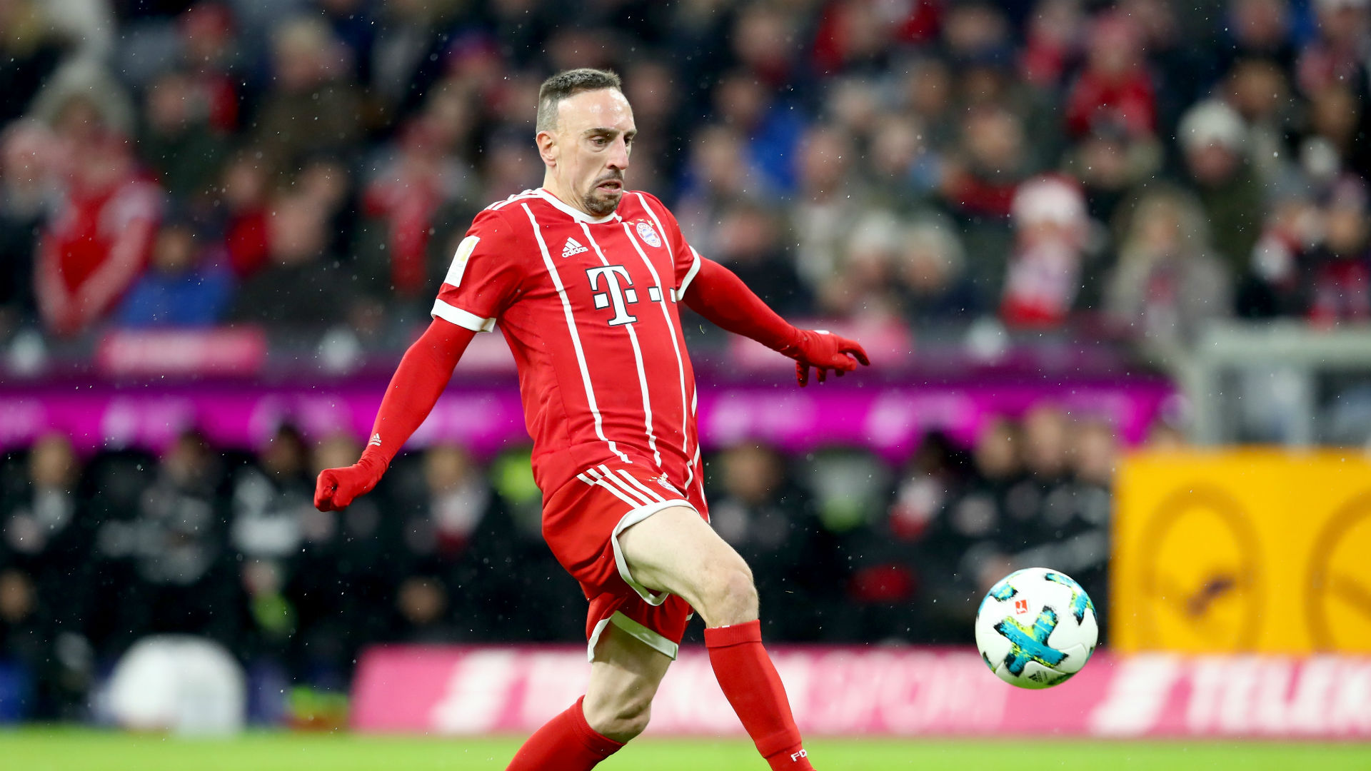 Bundesliga Recap: Bayern beat Cologne, Schalke reclaim second place