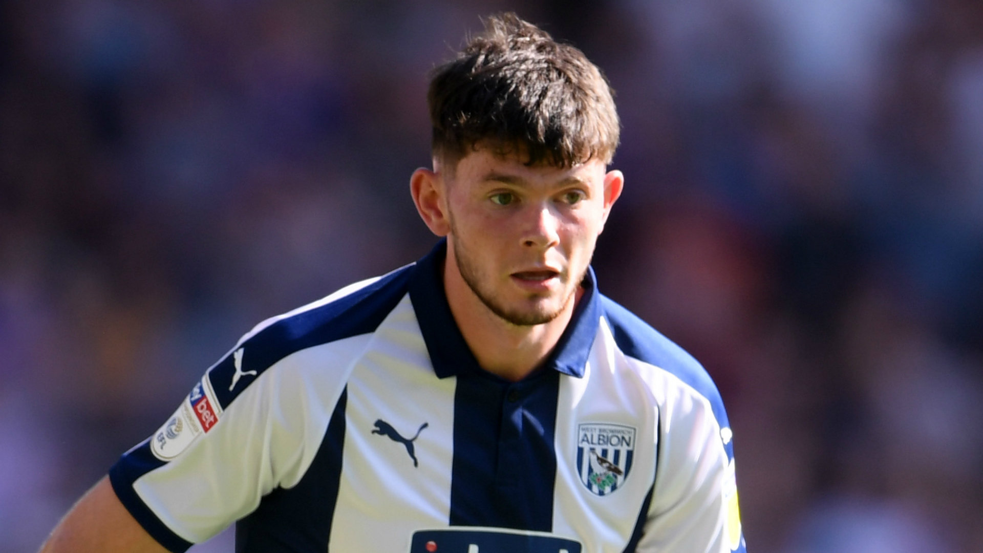 Celtic sign winger Oliver Burke on loan from West Brom