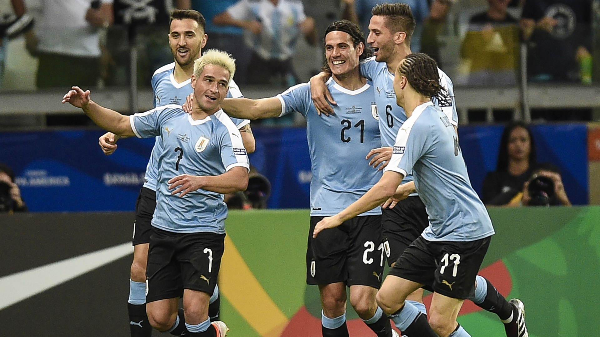 Uruguay crush 10-man Ecuador 4-0 in Group C opener