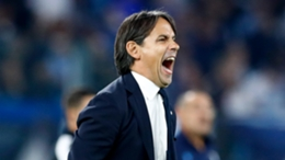 Simone Inzaghi bellows during Inter's defeat at Lazio