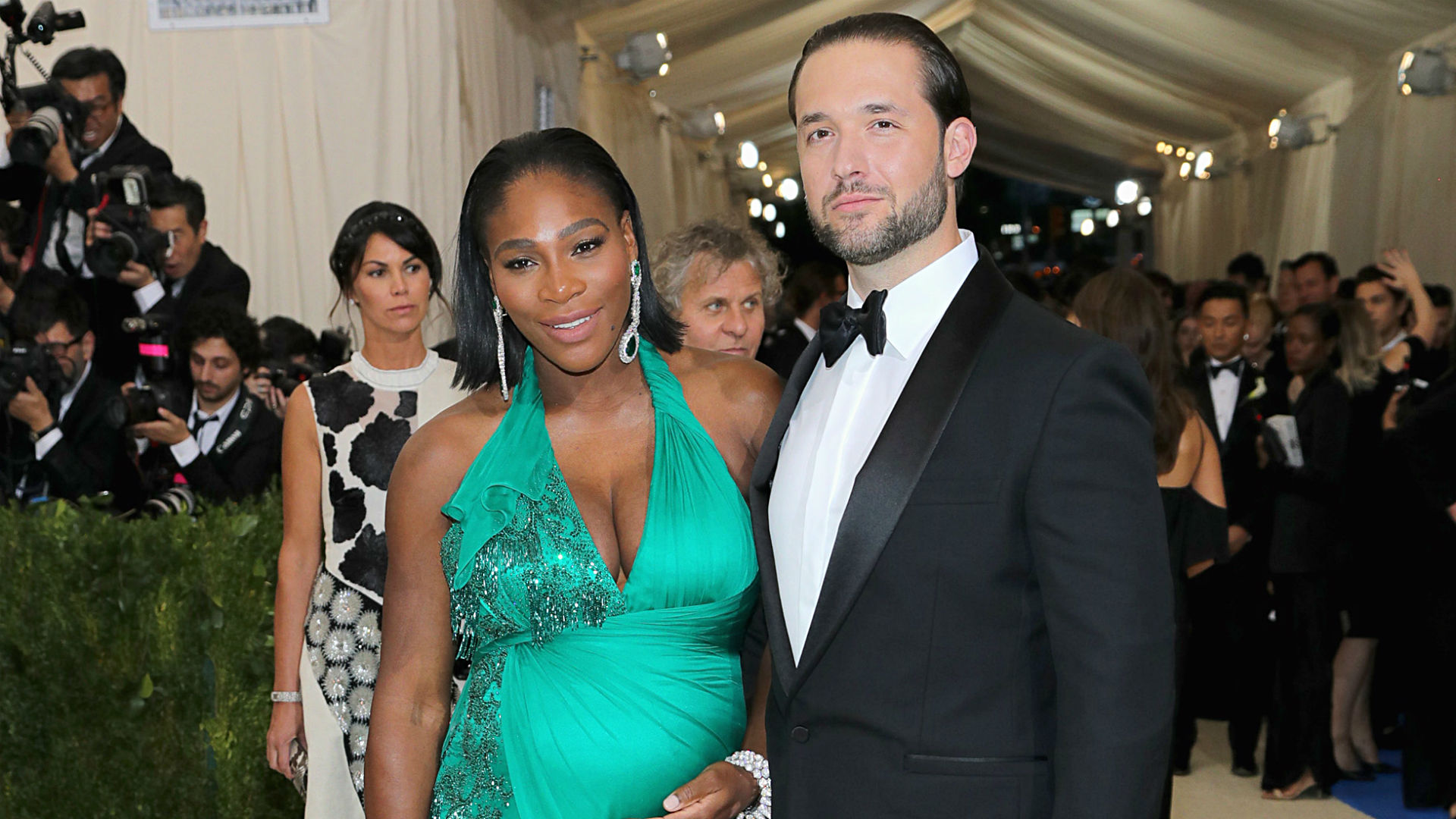 Serena Williams reveals first pictures of daughter Alexis Olympia Ohanian Jr.