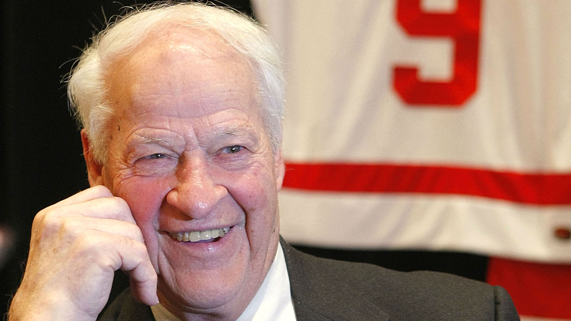 Legend Gordie Howe Excelling After Miraculous Recovery