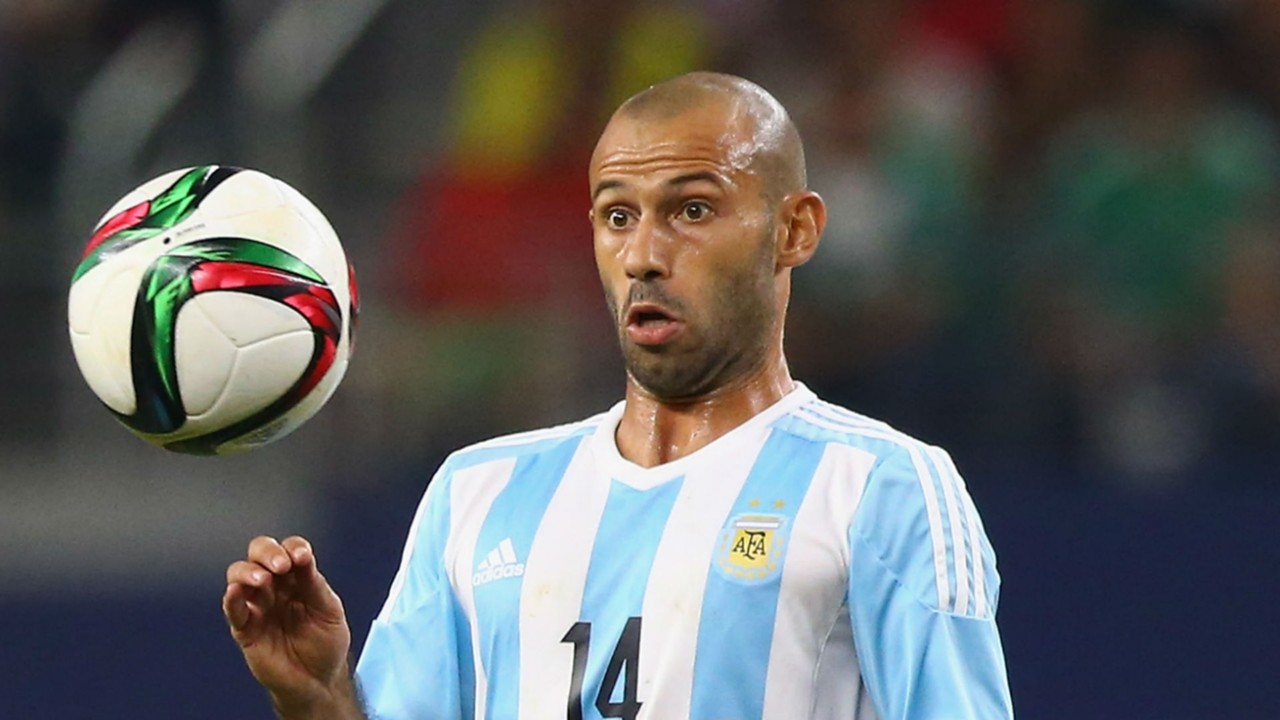 Javier Mascherano denies Argentina friends club claim