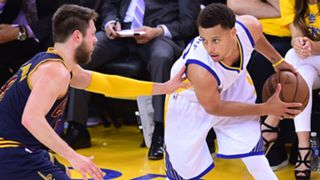 curry-stephen-dellavedova-matthew-060815-usnews-getty-ftr