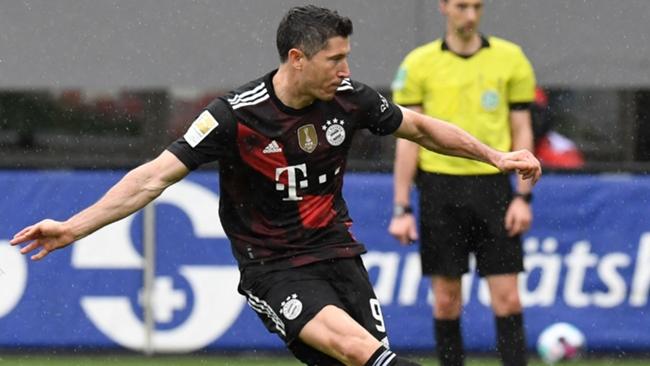 Robert Lewandowski matched Gerd Muller by scoring his 40th Bundesliga goal in the 2020-21 season.
