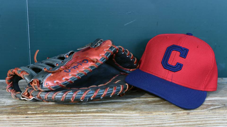 Indians' first-rounder puts Cleveland in odd position by signing with JuCo