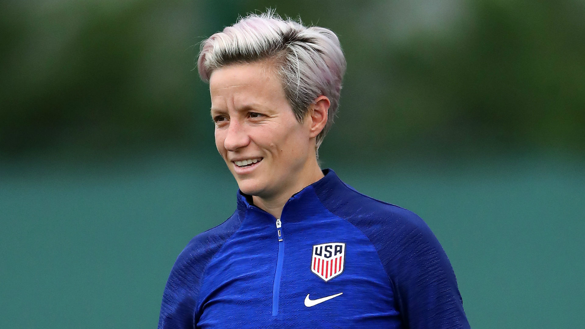 Megan Rapinoe speaks out against President Trump: He's 'trying to divide so he can conquer'