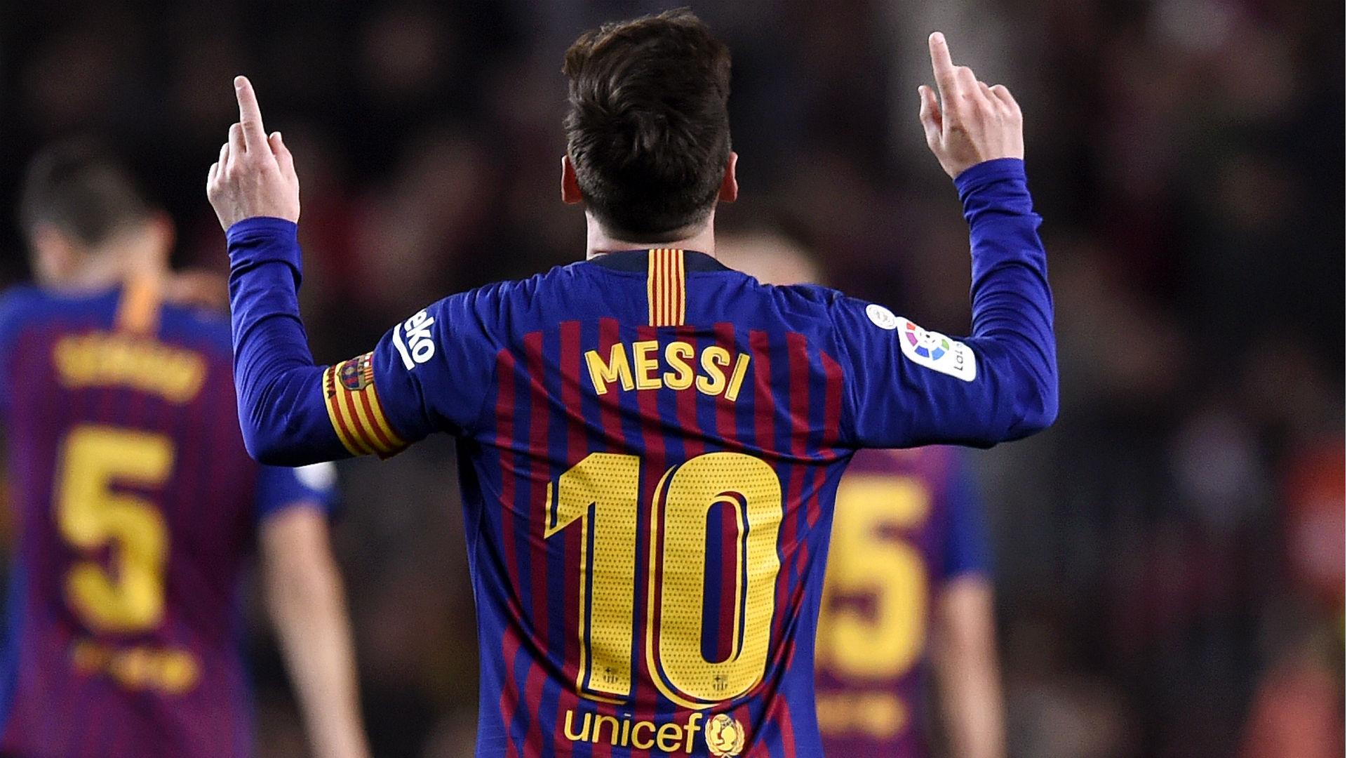 Messi-cropped_z9avgby07cnb1897taw1xfxdq