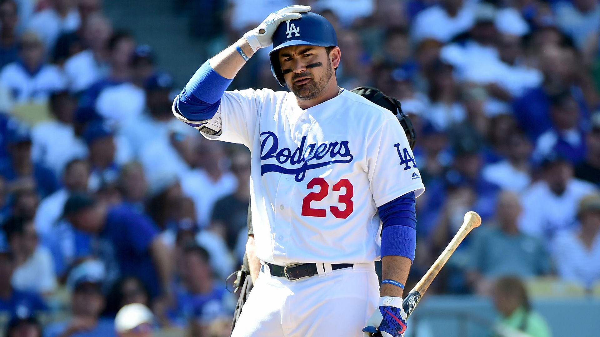 MLB free agent rumors: Mets consider Adrian Gonzalez, 35, as cheap 1B option