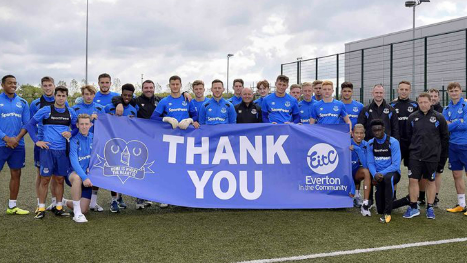 Everton carry out heartwarming act for homeless teenagers