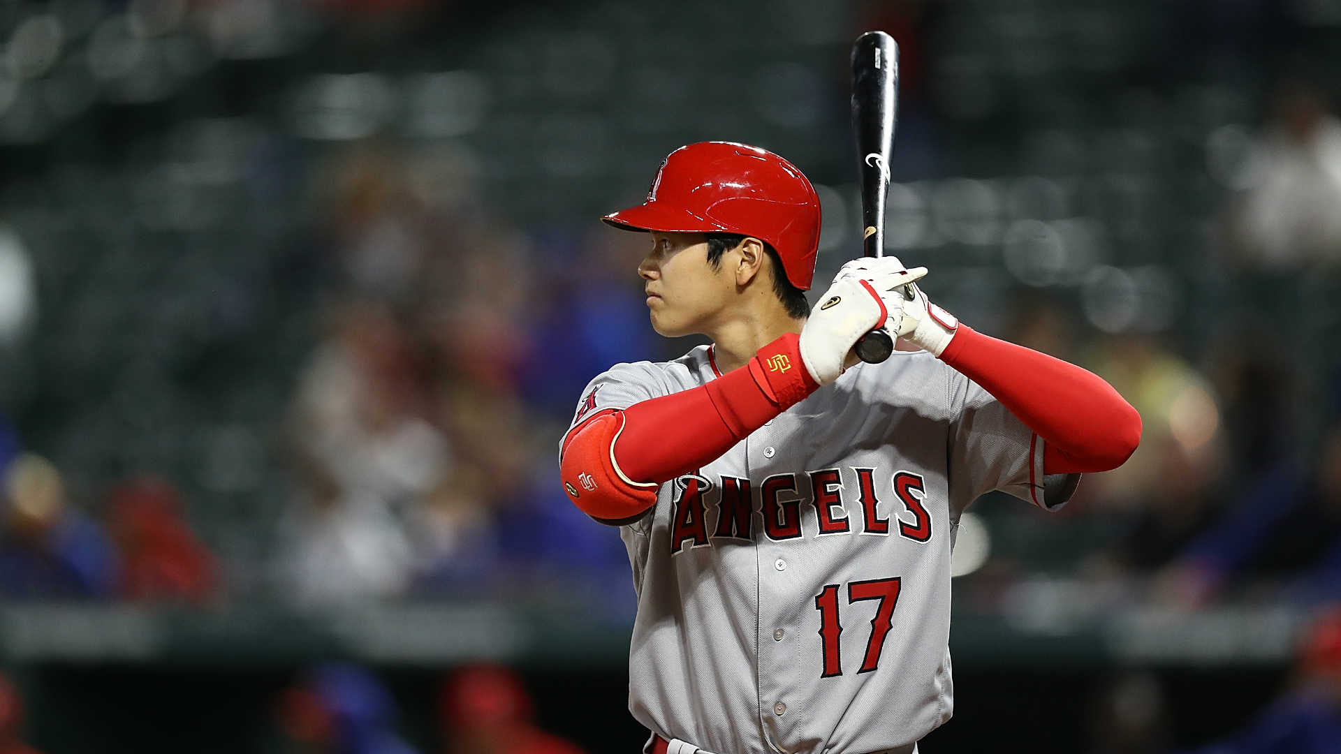 best service 5fad2 11f47 Shohei Ohtani homers off Yusei Kikuchi in MLB face-off ...