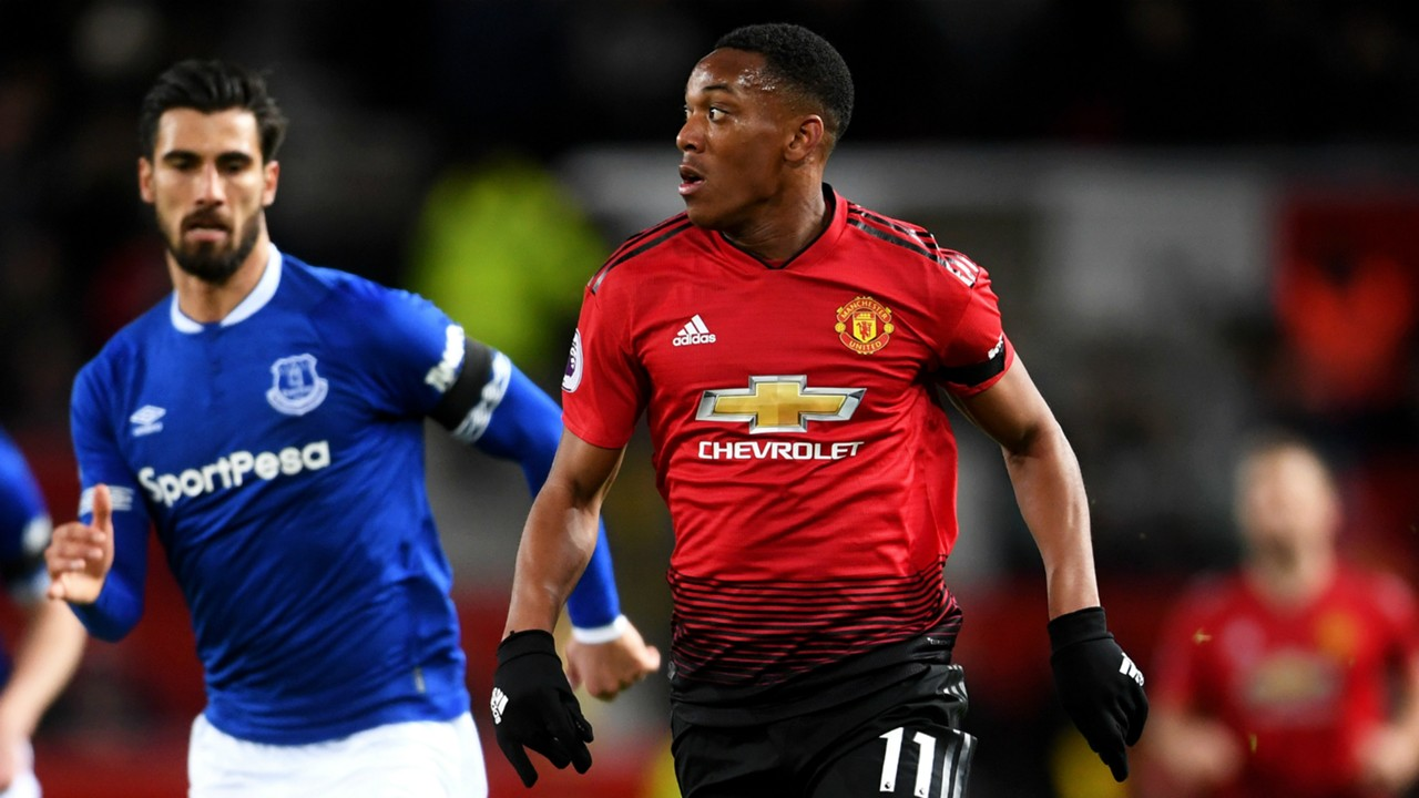 Didier Deschamps hopes Anthony Martial can maintain Manchester United form with France