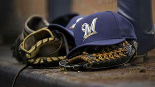 Milwaukee Brewers logo cap