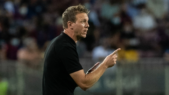 Julian Nagelsmann makes a point during Bayern's win at Barcelona