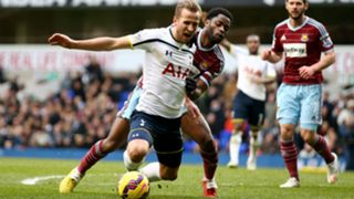 Harry Kane and Alex Song - cropped