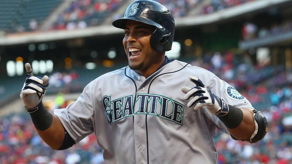 MLB wrap: Mariners blank Twins to remain within shouting distance out West