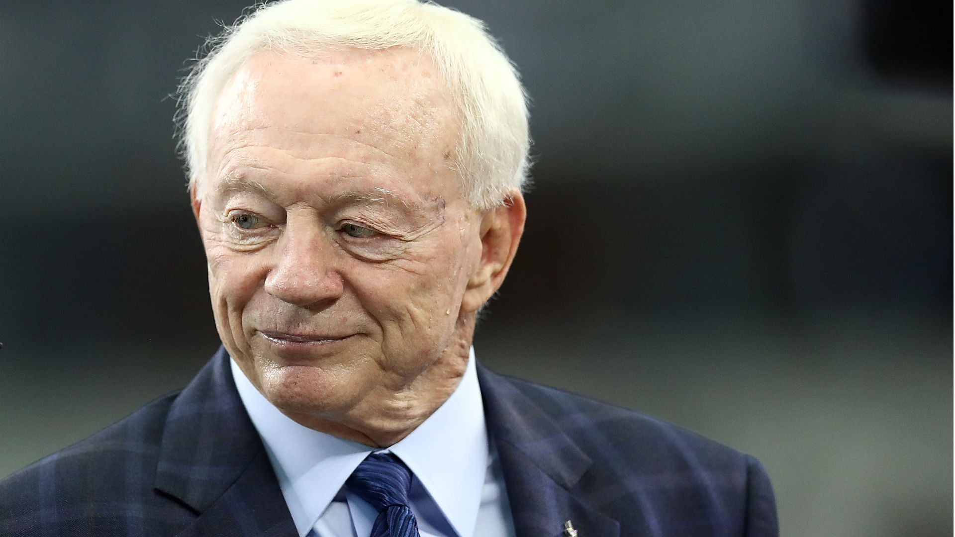 Jerry Jones hopes to have 'everyone under contract' soon