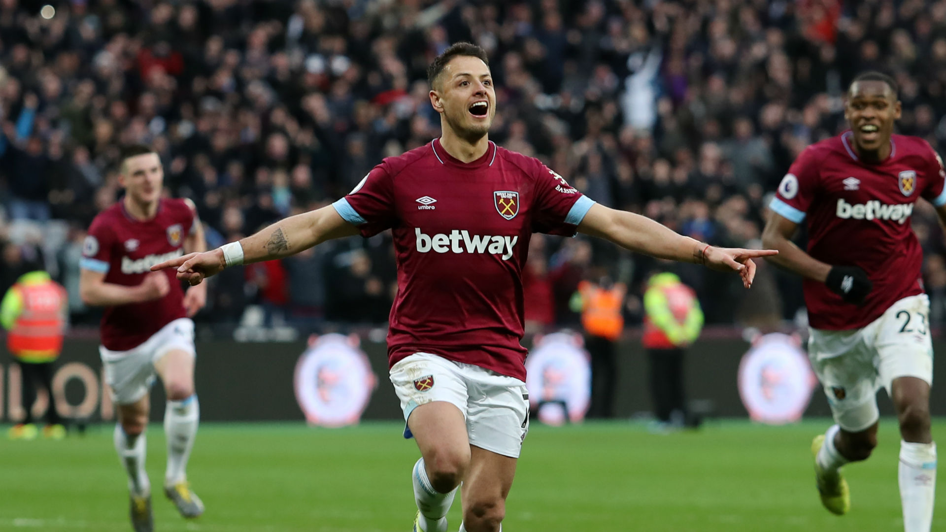 Dramatic Comeback Against Huddersfield Helps West Ham Accomplish Rare Premier League Feat