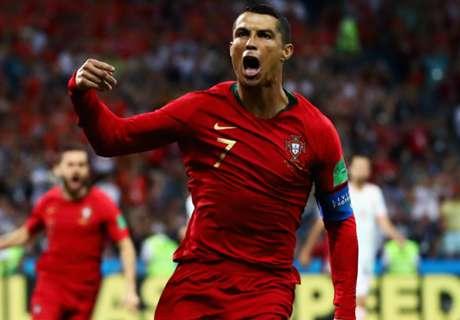 Ronaldo, Lozano & best team of matchday one