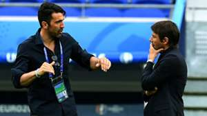 Antonio Conte Gianluigi Buffon - cropped