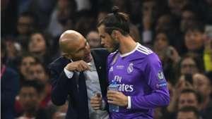 Gareth Bale with Zinedine Zidane