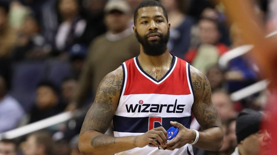 Wizards F Markieff Morris fined $15K for grabbing Seth Curry's shorts