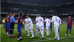Barcelona-Real Madrid guard of honour
