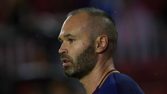 Barcelona's Valverde considers risking Iniesta for Chelsea Champions League clash