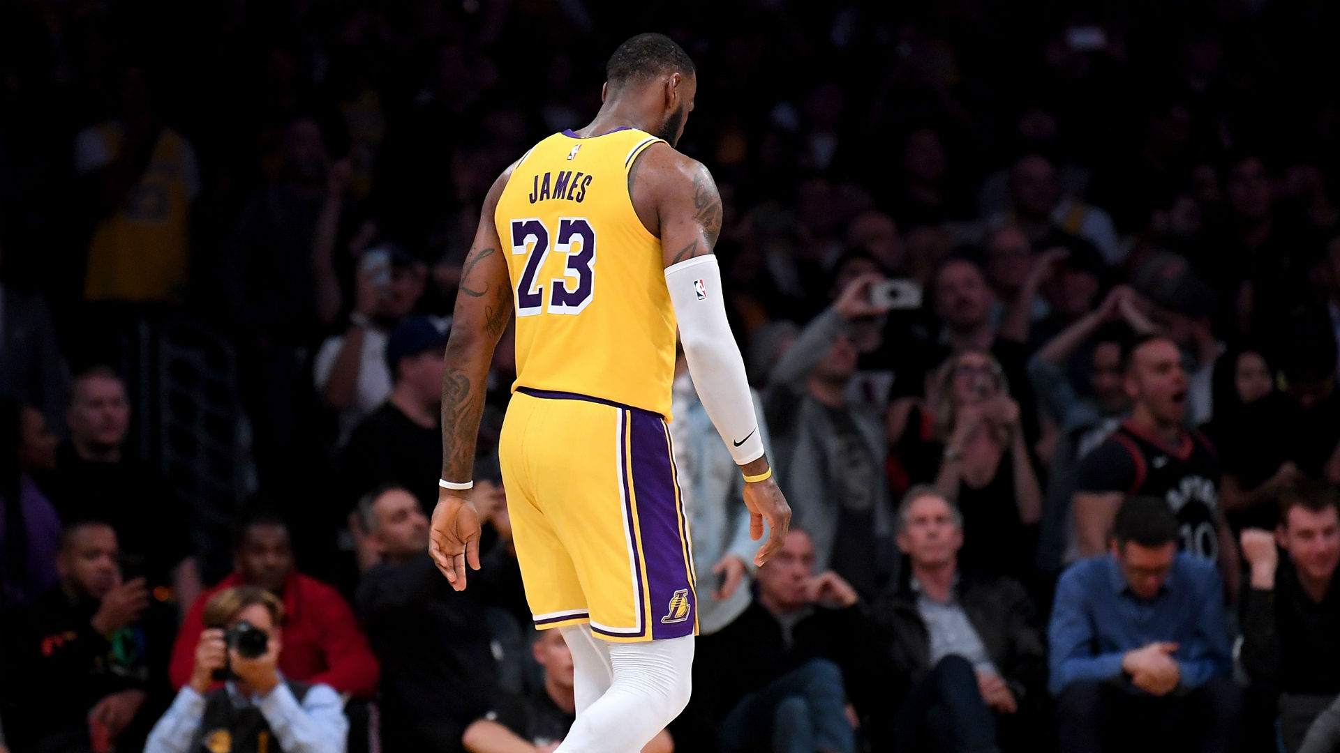on sale 10810 4a204 Jeff Van Gundy says Lakers should trade LeBron James ...