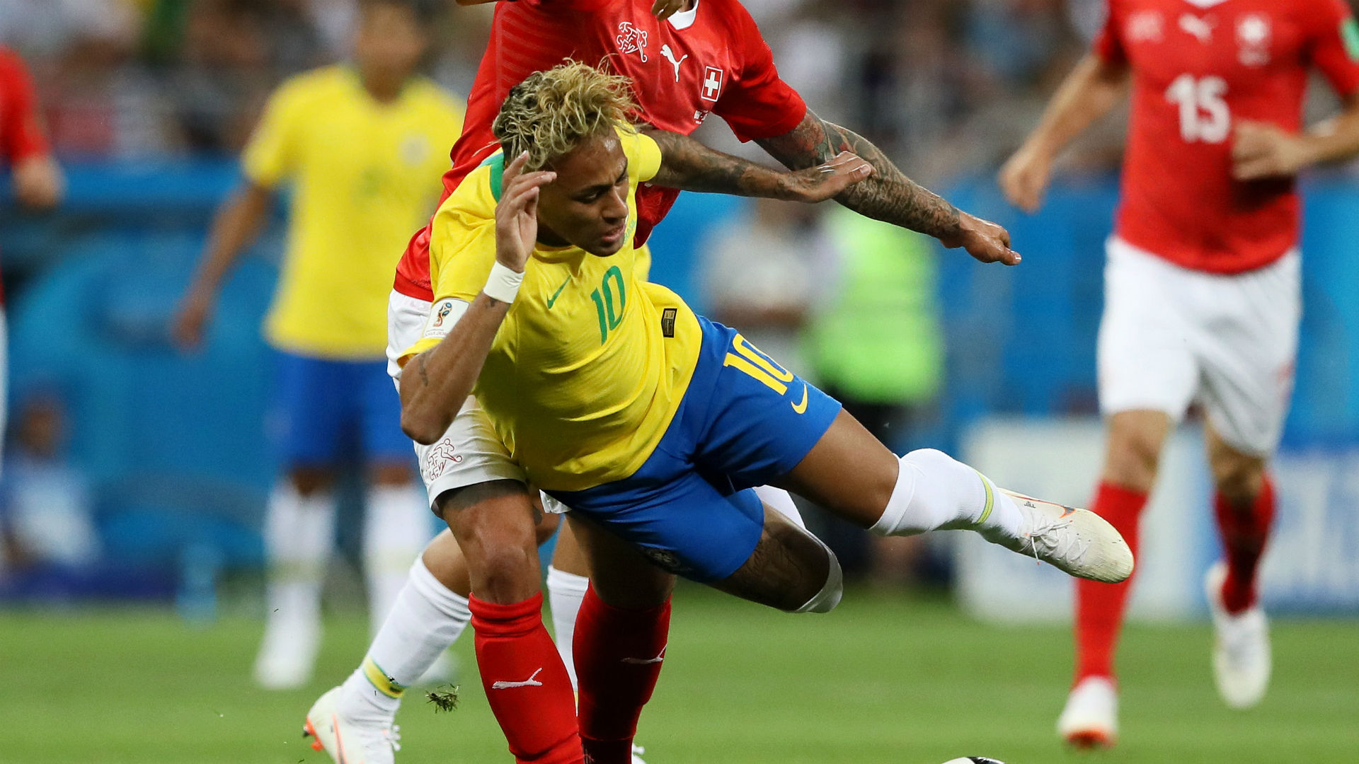 Two stoppage time goals save Brazil against Costa Rica