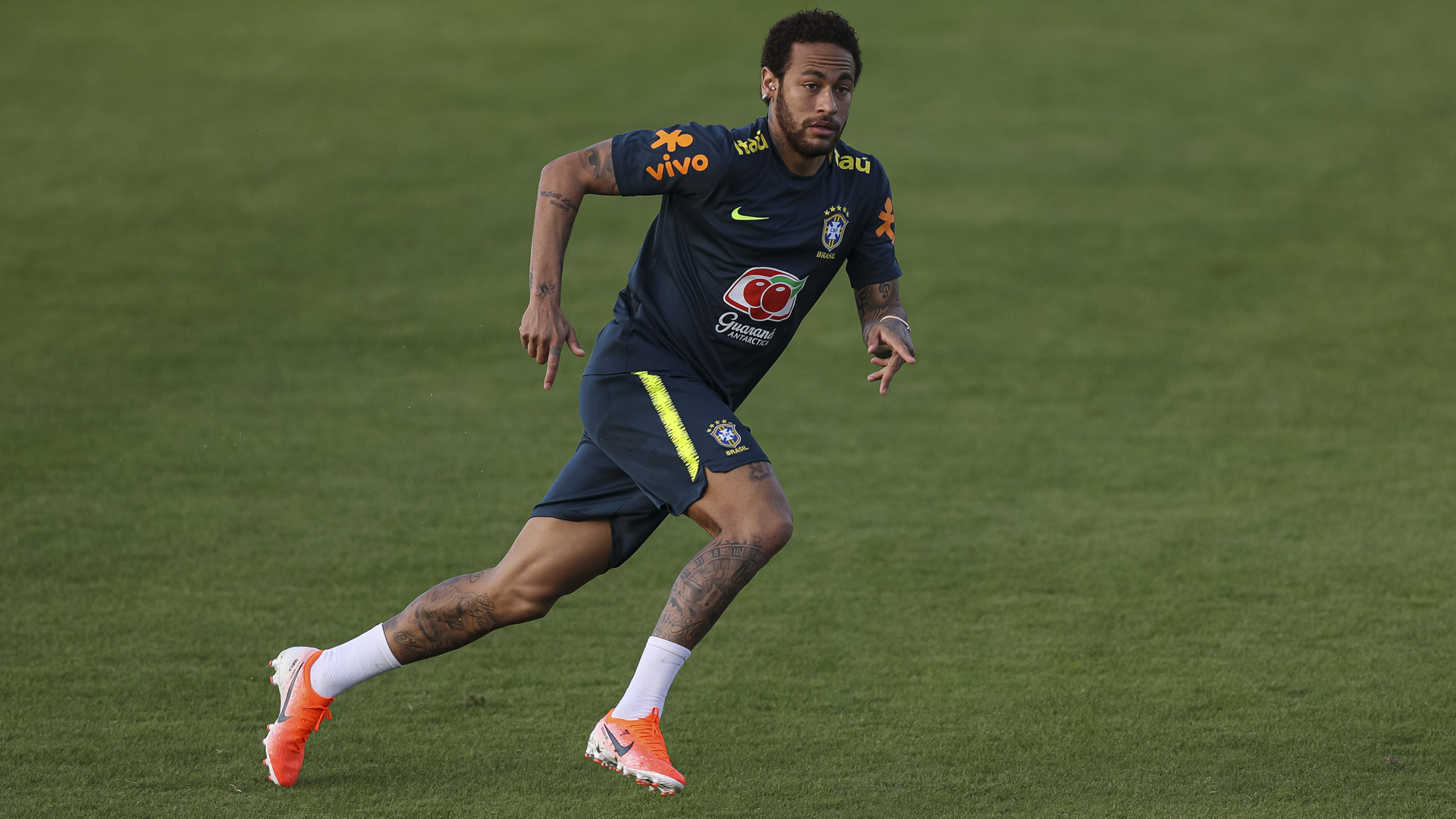 Neymar says pre-Copa knee injury just a scare