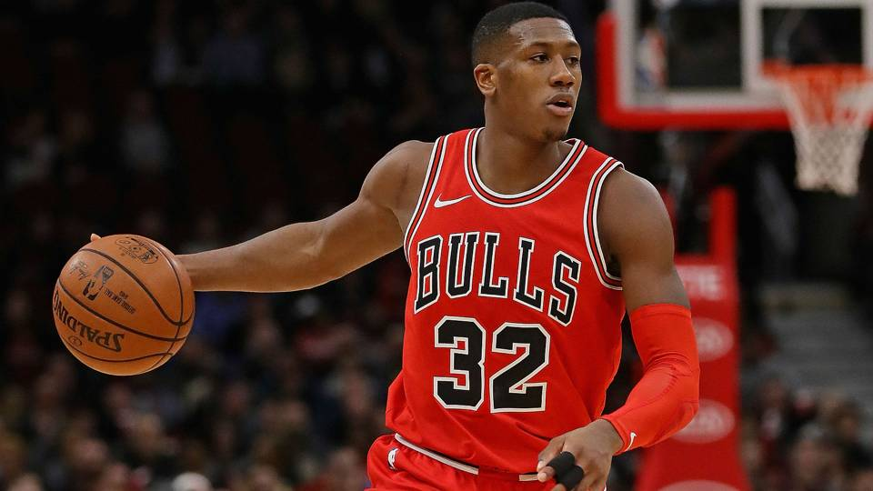 NBA wrap: Bulls come back from 21-point halftime deficit to drop Spurs