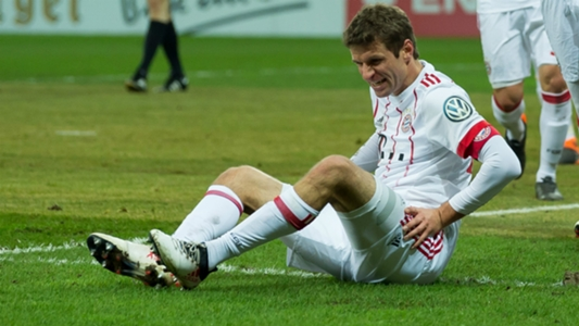 Muller suffers thigh injury in Paderborn thrashing