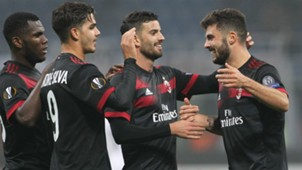 AC Milan celebrate_cropped